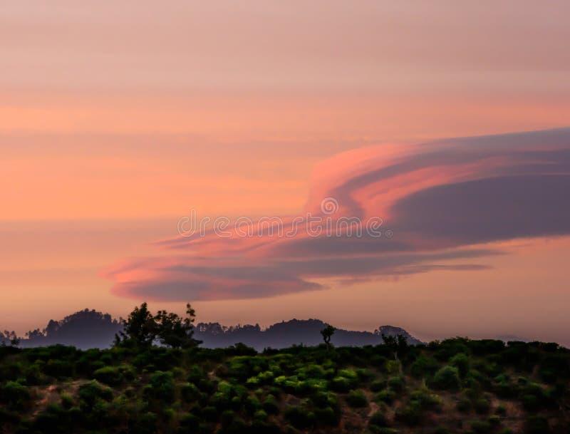 Ουρανός σούρουπου αμέσως μετά από το ηλιοβασίλεμα στοκ εικόνες με δικαίωμα ελεύθερης χρήσης