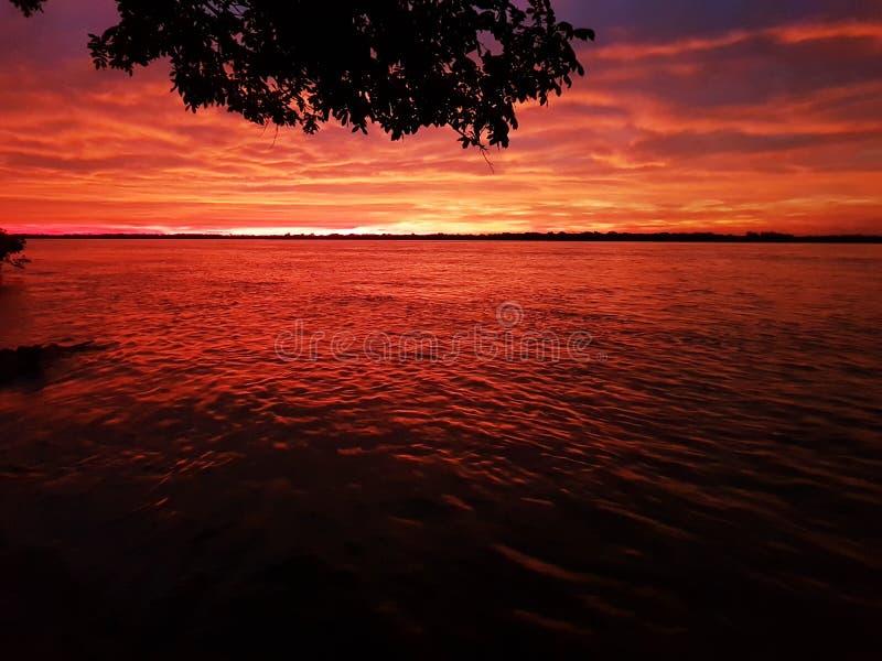 Ουρανός στα χρώματα στοκ εικόνες