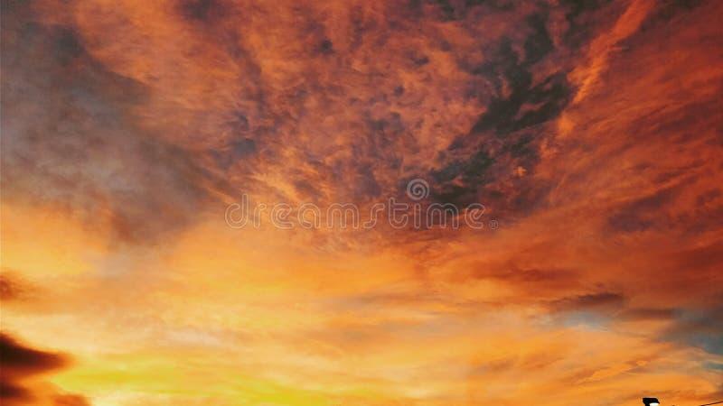Ουρανός φθινοπώρου στοκ φωτογραφίες με δικαίωμα ελεύθερης χρήσης