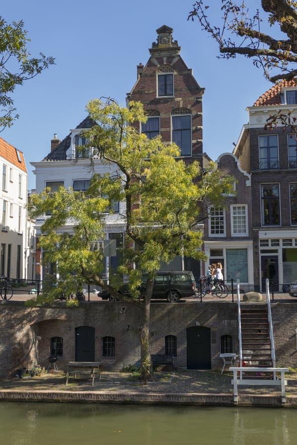 Ουτρέχτη, Κάτω Χώρες - 27 Σεπτεμβρίου 2018: Σκαλοπάτια από το κανάλι στοκ φωτογραφία