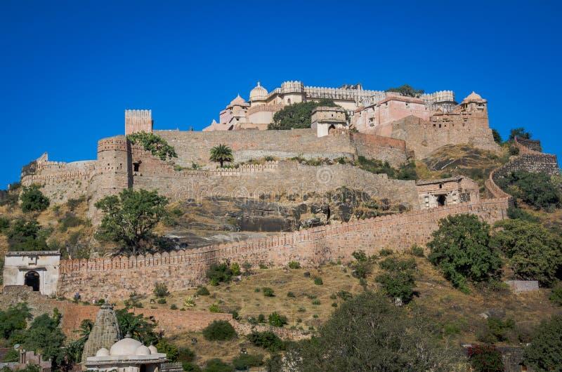 Οχυρό Kumbhalgarh στο Rajasthan, ένα από το μεγαλύτερο οχυρό στην Ινδία στοκ εικόνα