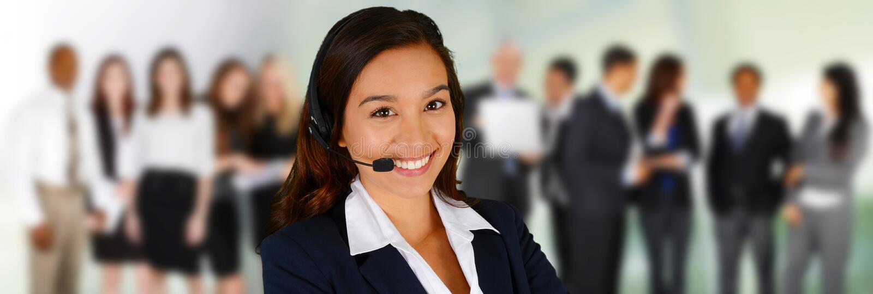 ο άγγελος ως όμορφη επιχειρηματίας καλύπτει πελατών τη φιλική υπηρεσία αγάπης οδηγιών χρήσιμη που χαμογελά πολύ σε σας στοκ εικόνες