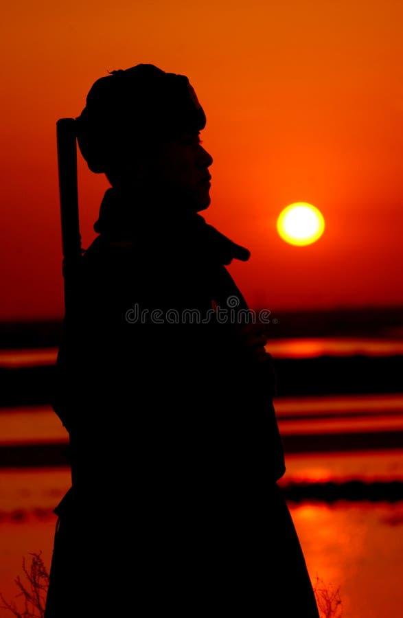 Ο ήλιος που αυξάνεται στην ανατολή στοκ εικόνες