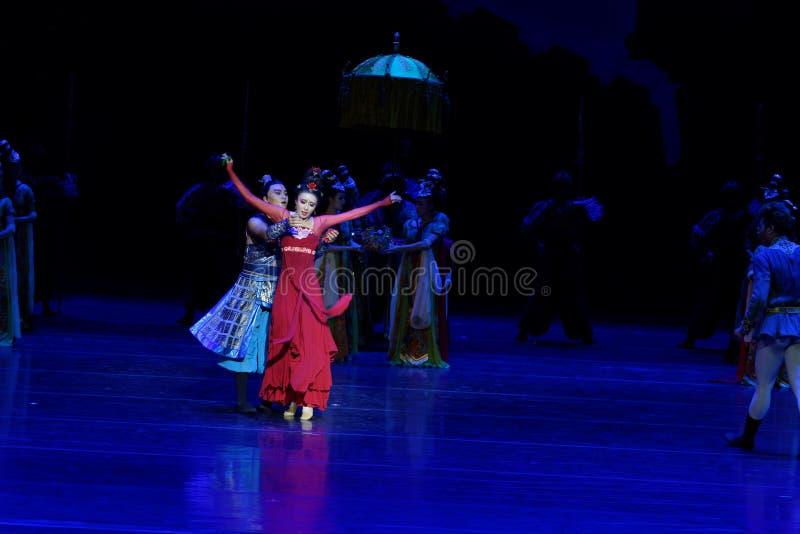 Ο αδελφός και η αδελφή ` s η συναίσθημα-τέσσερα πράξη ` εμπόδισαν τον εκτελωνισμό ` - επική πριγκήπισσα ` μεταξιού δράματος ` χορ στοκ εικόνες