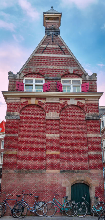 Ολλανδικό ιστορικό κτήριο στοκ εικόνα