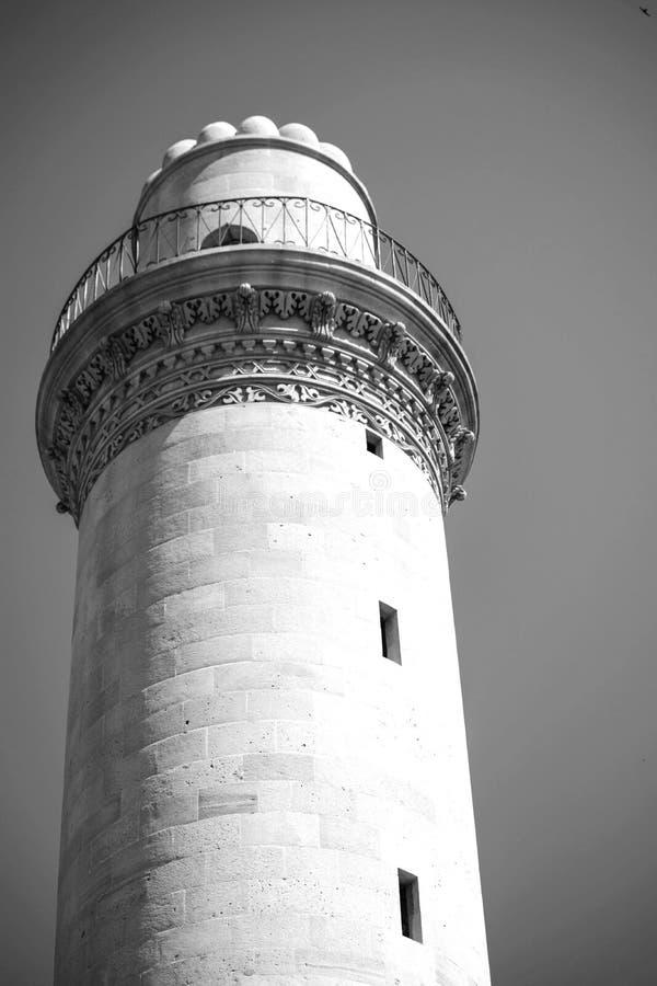 Ο αρχαίος πύργος μουσουλμανικών τεμενών στο Μπακού Αζερμπαϊτζάν στοκ εικόνες με δικαίωμα ελεύθερης χρήσης