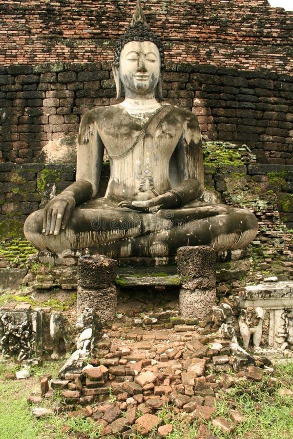 ο Βούδας καταστρέφει το & στοκ εικόνα