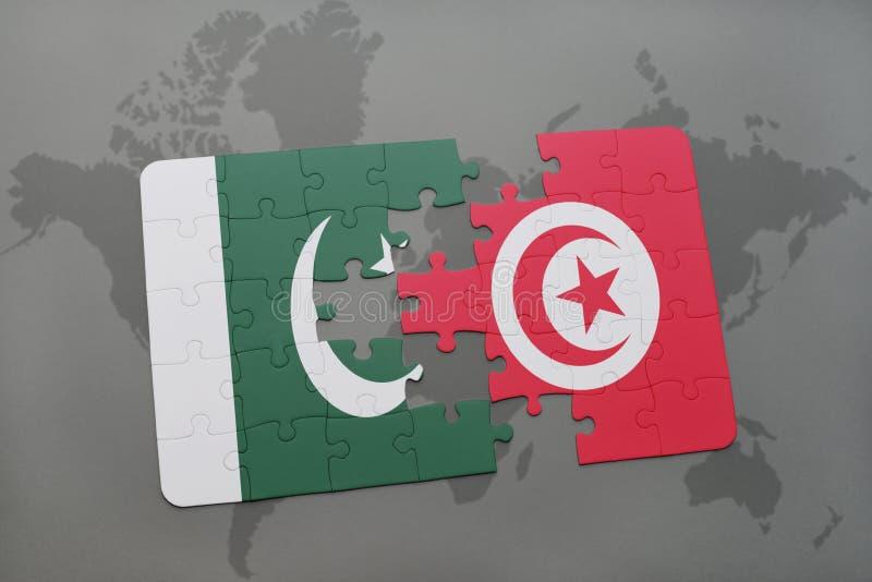 ο γρίφος με τη εθνική σημαία του Πακιστάν και η Τυνησία σε έναν κόσμο χαρτογραφούν το υπόβαθρο στοκ εικόνα
