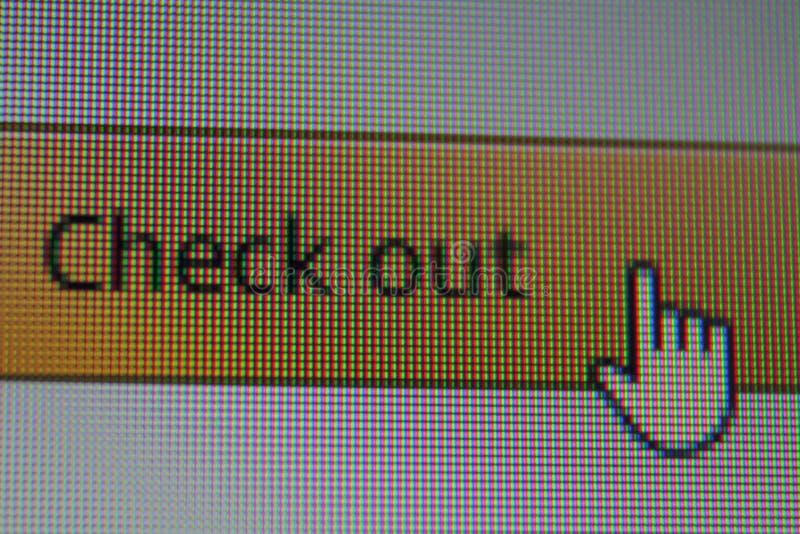 Ο δρομέας ποντικιών χεριών στον έλεγχο κουμπώνει έξω στη μηχανή αναζήτησης Διαδικτύου στοκ εικόνα
