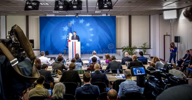Ο Εμανουέλ Μακρόν, ο γάλλος πρόεδρος, εκφωνεί λόγο κατά τη διάρκεια συνέντευξης τύπου στο Ευρωπαϊκό Συμβούλιο στοκ φωτογραφίες με δικαίωμα ελεύθερης χρήσης