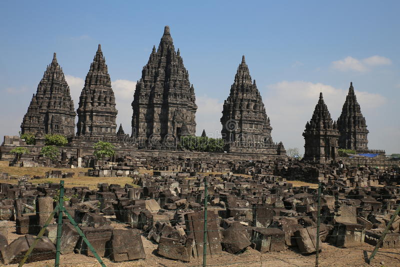 Ο εντυπωσιακός ινδός ναός Prambanan σύνθετος στοκ φωτογραφίες με δικαίωμα ελεύθερης χρήσης