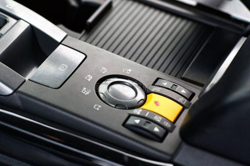Ο επιλογέας οδήγησης και ελέγχου σχεδιαγράμματος πορειών για ρυθμίζει της μετάδοσης μηχανών και του ευφυούς συστήματος τετράτροχη στοκ εικόνες