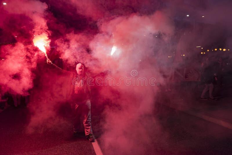 Ο ετήσιος Μάρτιος της εθνικής ημέρας της ανεξαρτησίας 2017 της Πολωνίας ` s στοκ εικόνες