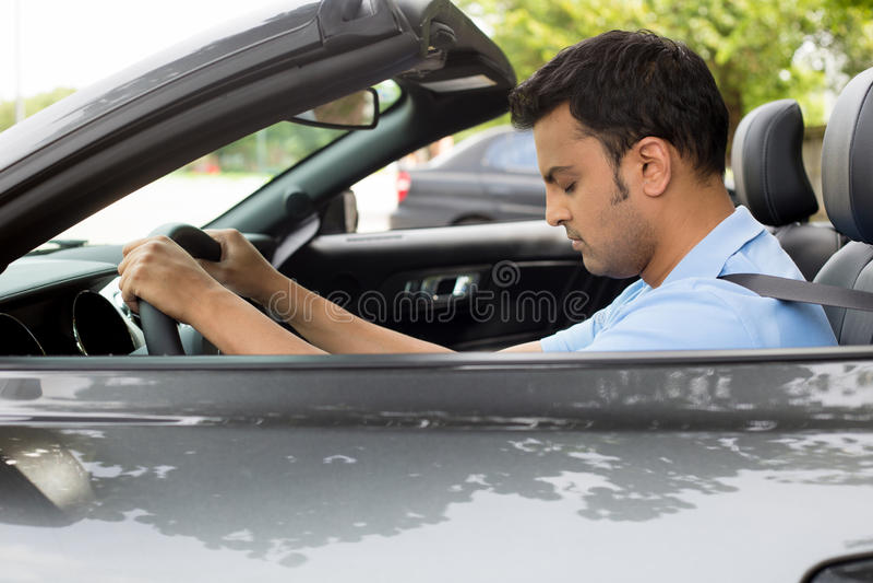 οδηγός που κουράζεται στοκ φωτογραφίες με δικαίωμα ελεύθερης χρήσης
