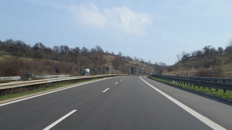 οδηγώντας εθνική οδός στοκ φωτογραφία με δικαίωμα ελεύθερης χρήσης