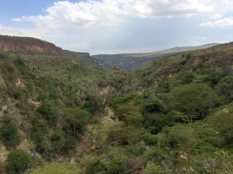 Ο ηφαιστειακός κρατήρας σε Hell' εθνικό πάρκο πυλών του s, Κένυα στοκ εικόνα