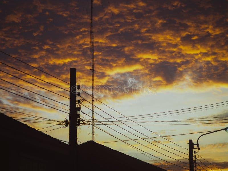 Ο θυελλώδης ουρανός έρχεται στοκ φωτογραφίες με δικαίωμα ελεύθερης χρήσης