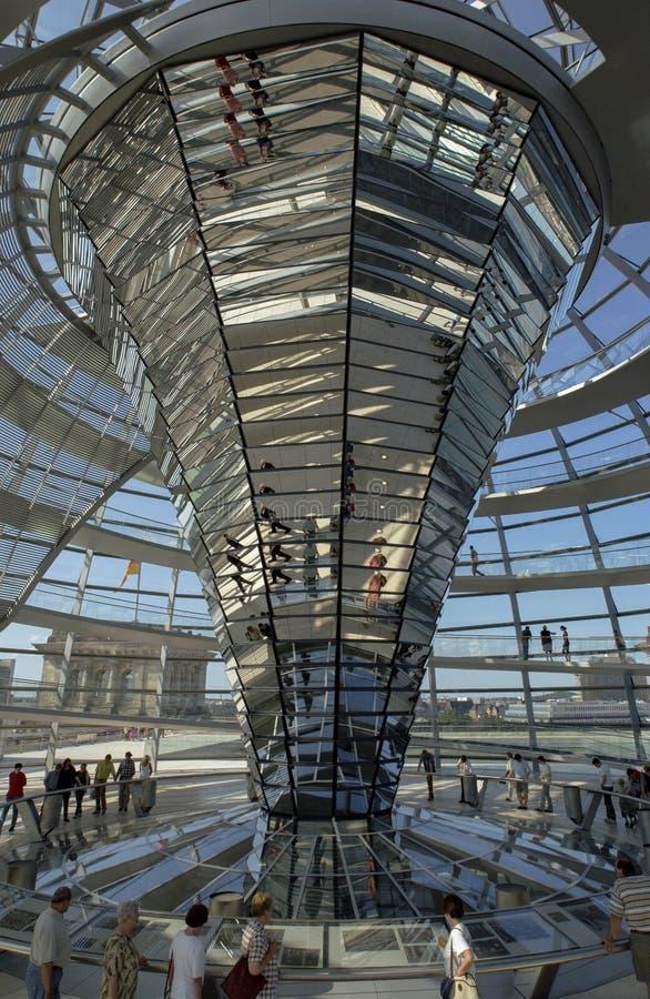 Ο Θόλος του Ράιχσταγκ - Βερολίνο - Γερμανία στοκ φωτογραφία με δικαίωμα ελεύθερης χρήσης