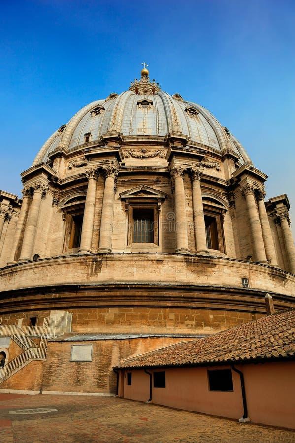 Ο θόλος της βασιλικής του ST Peter ` s, Βατικανό στοκ φωτογραφία