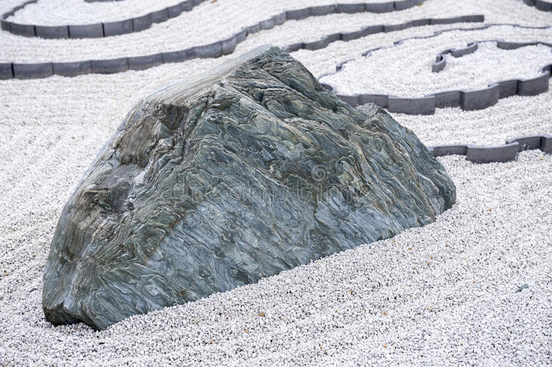 Ο ιαπωνικός κήπος βράχου ή zen καλλιεργεί στο ναό Enkoji στο Κιότο, Ιαπωνία στοκ φωτογραφίες