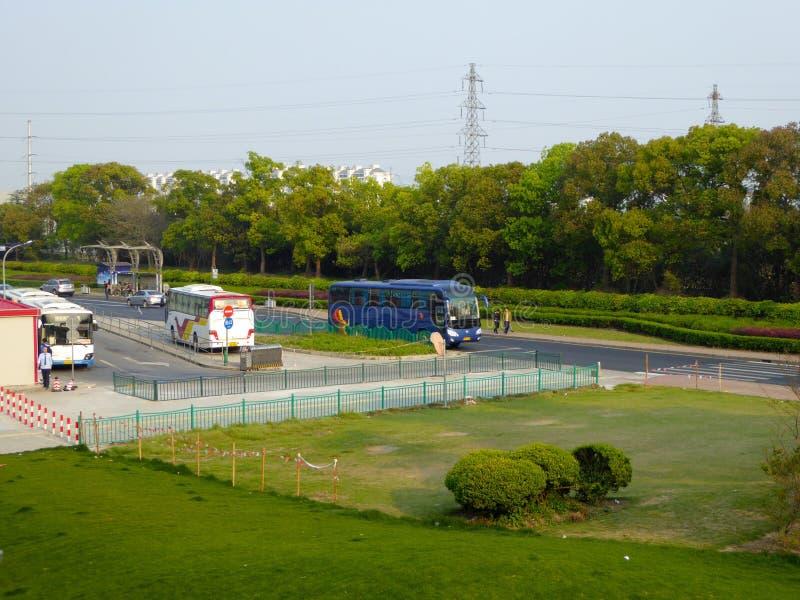Οδική στάση λεωφορείου Longyang στη Σαγκάη στοκ εικόνες