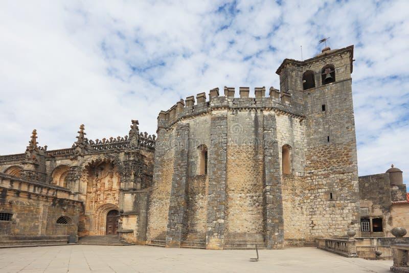 Ο κεντρικός στρογγυλός πύργος στοκ εικόνες με δικαίωμα ελεύθερης χρήσης