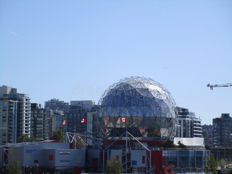 Ο κόσμος επιστήμης στο στο κέντρο της πόλης Βανκούβερ, Βρετανική Κολομβία, Καναδάς στοκ εικόνα με δικαίωμα ελεύθερης χρήσης