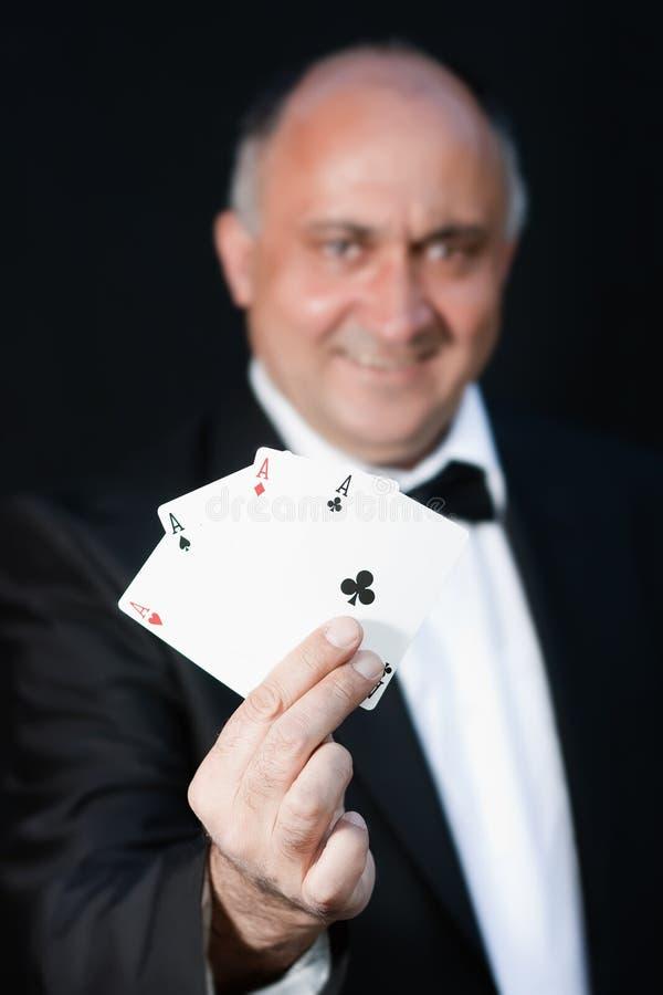 ο μάγος καρτών εμφανίζει στοκ εικόνα με δικαίωμα ελεύθερης χρήσης