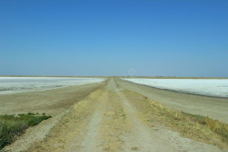 Ο μακρύς δρόμος κάπου στοκ εικόνα
