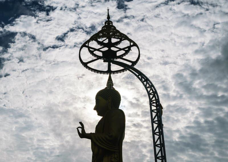 Ο μεγάλος Βούδας και συννεφιασμένος στοκ φωτογραφίες με δικαίωμα ελεύθερης χρήσης