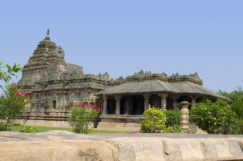 Ο ναός Jain, επίσης γνωστός ως Brahma Jinalaya, Lakkundi, Karnataka, Ινδία στοκ εικόνες