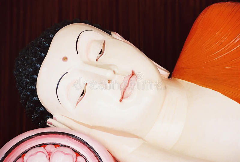 Ο ξαπλώνοντας Βούδας στοκ φωτογραφία με δικαίωμα ελεύθερης χρήσης