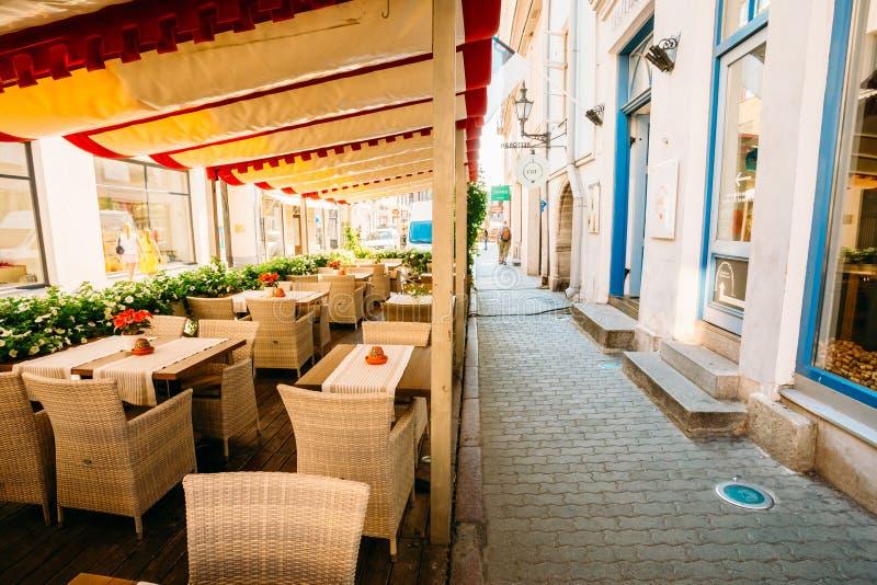 Οδοί και παλαιό εσθονικό κεφάλαιο πόλης αρχιτεκτονικής, Ταλίν, Est στοκ φωτογραφία με δικαίωμα ελεύθερης χρήσης