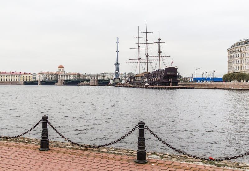Οδοί της Αγία Πετρούπολης στοκ εικόνες