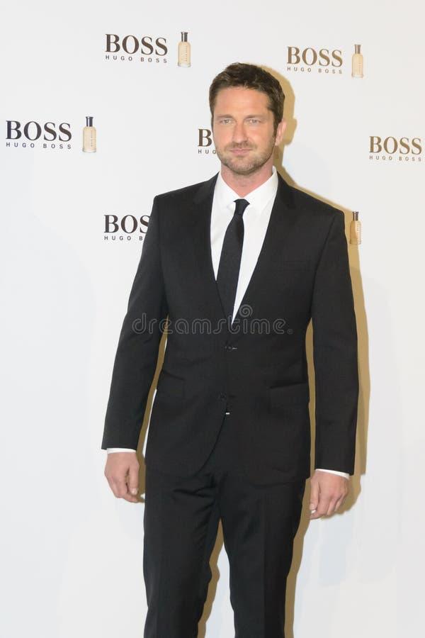 """Ο οικονόμος του Gerard """"Man Today† παρευρίσκεται στο κοκτέιλ Hugo Boss στη Μαδρίτη, Ισπανία στοκ εικόνες"""