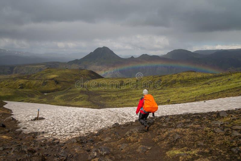 Οδοιπορικό Fimmvorduhals στην Ισλανδία στοκ εικόνες