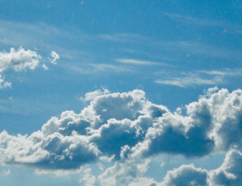 Ο ουρανός είναι ο βασιλιάς του awsomeness στοκ φωτογραφίες