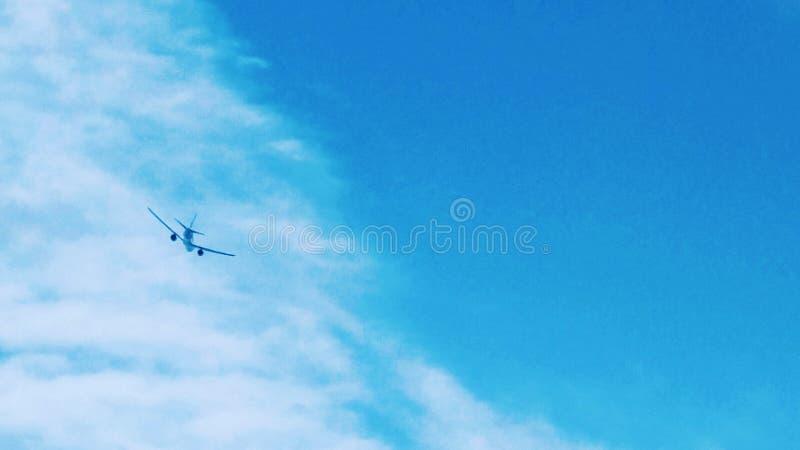 Ο ουρανός είναι πάντα ορυχείο - αεροπλάνο στοκ φωτογραφία με δικαίωμα ελεύθερης χρήσης