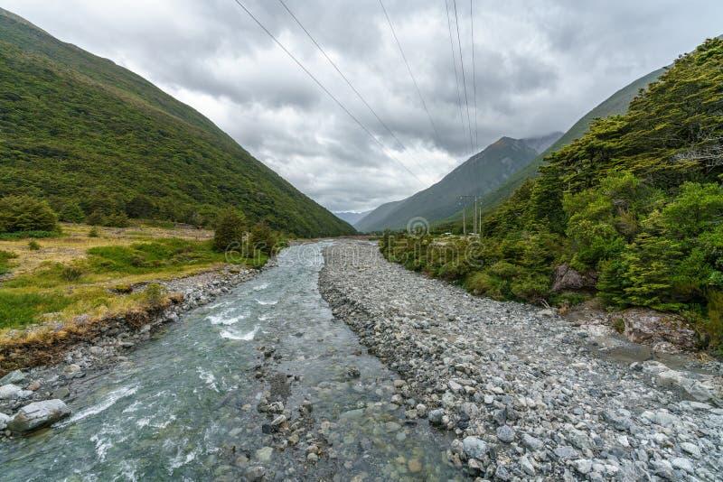 Ο ποταμός Bealey, arthurs περνά, Νέα Ζηλανδία 2 στοκ εικόνα