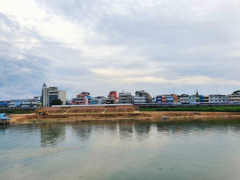 Ο ποταμός Chao Expression και η πόλη Nakhonsawan, Ταϊλάνδη στοκ φωτογραφίες με δικαίωμα ελεύθερης χρήσης
