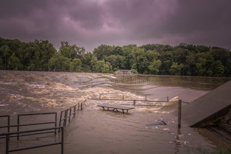 Ο ποταμός Maumee αυξάνεται στοκ φωτογραφία