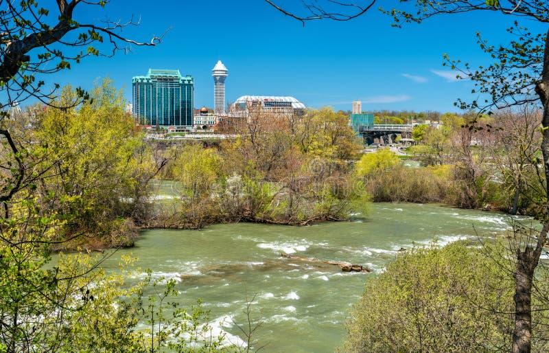 Ο ποταμός Niagara που βλέπει ΗΠΑ από το νησί αιγών - Νέα Υόρκη, στοκ φωτογραφία με δικαίωμα ελεύθερης χρήσης