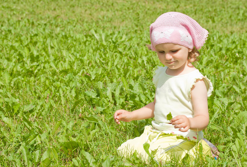 ο πράσινος χορτοτάπητας &kappa στοκ εικόνα με δικαίωμα ελεύθερης χρήσης