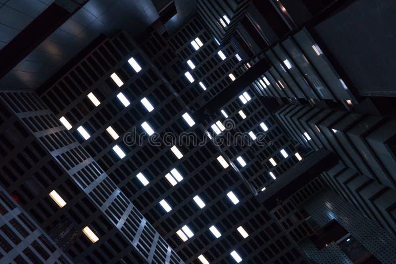 Ο προβολέας celling Αίσθηση της ταινίας επιστημονικής φαντασίας στοκ φωτογραφίες με δικαίωμα ελεύθερης χρήσης