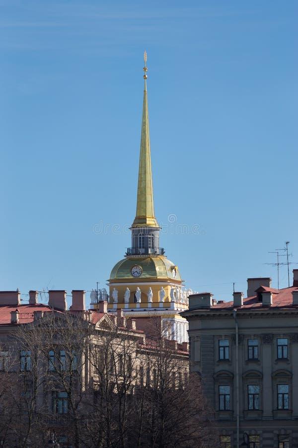 Ο πύργος ναυαρχείου, Αγία Πετρούπολη, Ρωσία στοκ εικόνα