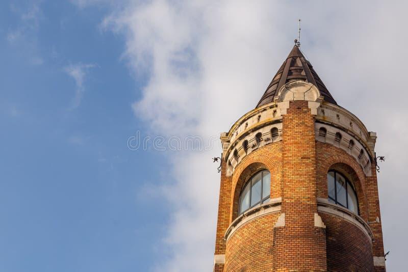 Ο πύργος χιλιετίας γνωστός ως πύργος Gardos στο νομό Zemun Βελιγραδι'ου η πρωτεύουσα της Σερβίας Η άποψη του τοπ μέρους του πύργο στοκ εικόνα με δικαίωμα ελεύθερης χρήσης