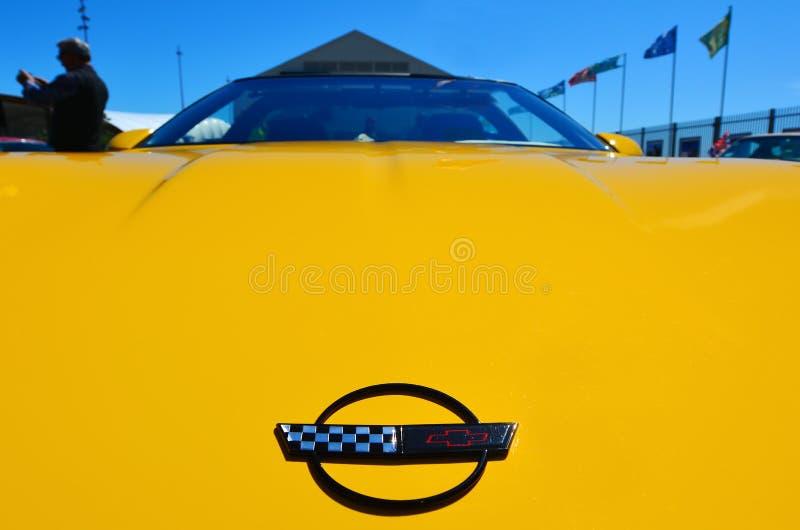 Ο δρόμωνας Chevrolet σε ένα δημόσιο αυτοκίνητο αυτοκινήτων αμερικανικών μυών V8 παρουσιάζει στοκ εικόνα με δικαίωμα ελεύθερης χρήσης