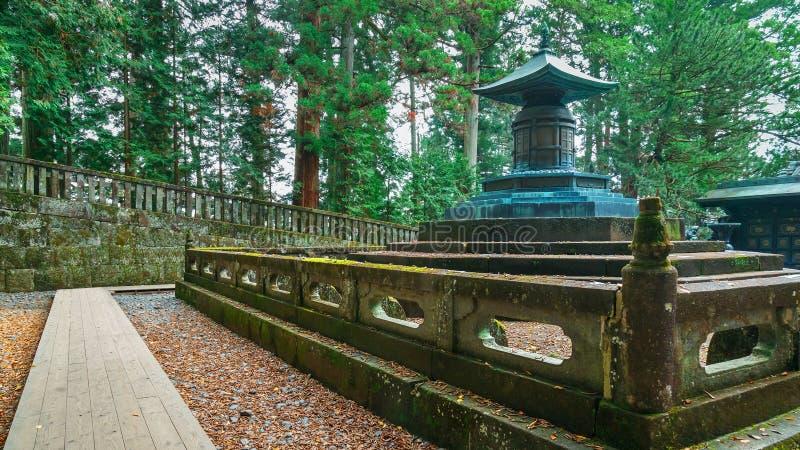 Ο τάφος Tokugawa Ieyasu στη λάρνακα Tosho-tosho-gu σε Nikko, Ιαπωνία στοκ φωτογραφίες