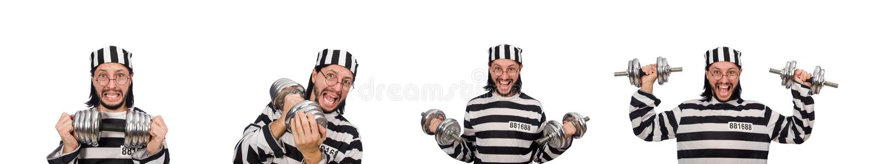 Ο τρόφιμος φυλακών με τους αλτήρες που απομονώνεται στο λευκό στοκ φωτογραφίες