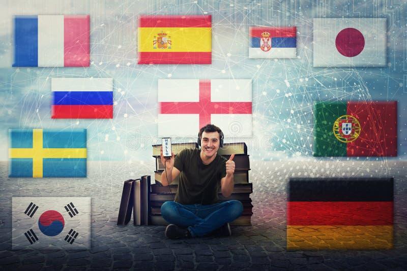 Ο τύπος σπουδαστών μαθαίνει τις διαφορετικές γλώσσες στα ακουστικά διανυσματική απεικόνιση